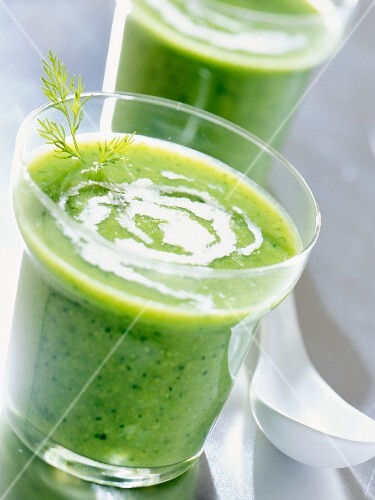 Pea soup with cream
