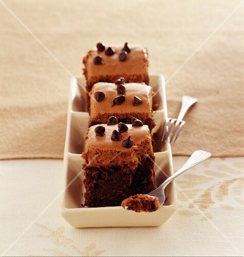 Grandma's chocolate sponge cake with milk chocolate mousse
