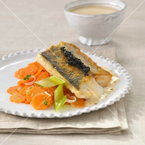 Fried zander fillet with caviar and lobster sauce