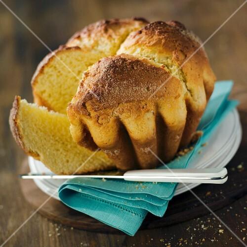 Pastis landais (county yeast cake)