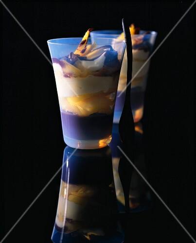 Mango layered desserts