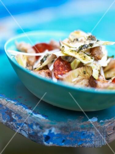 Summer salad with chorizo