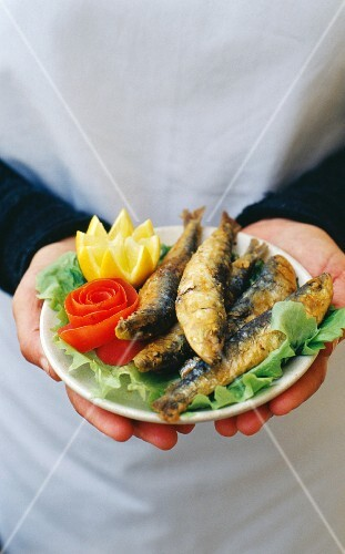 """Fried sardines from the restaurant """"Ruina"""""""