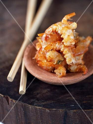 Sauté dried shrimps