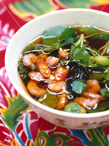 Vietnamese shrimp broth