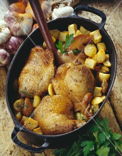 Duck confit with potatoes a la sarladaise