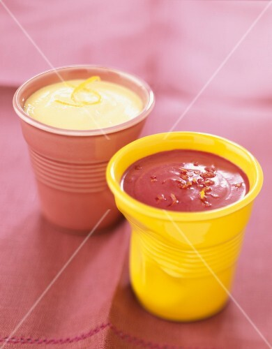 Blackcurrant sauce and foamy sherry sauce