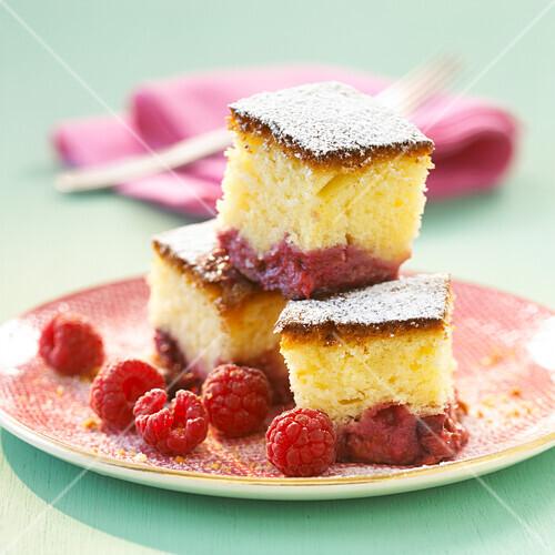 Raspberry and yoghurt cake
