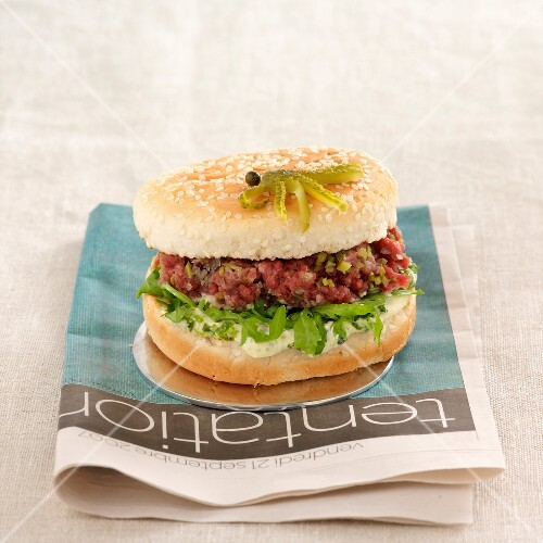 Steak tartare hamburger
