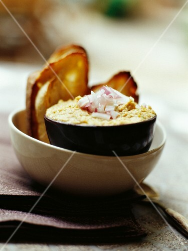 Tuna fish mousse and grilled bread