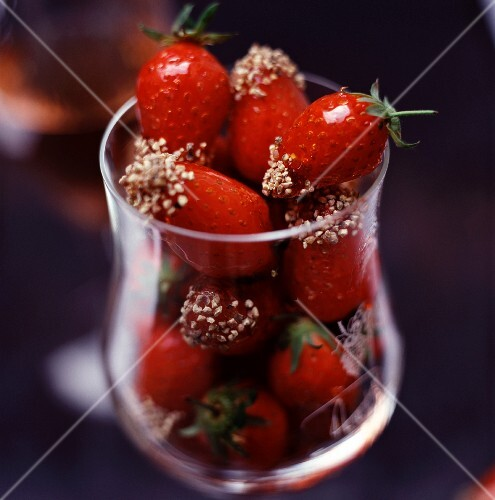 Caramelised strawberries with ground white pepper