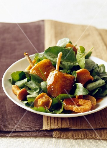 Gourmand chicken wing salad