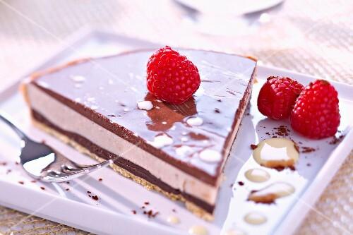 Ganache and chestnut mousse dessert