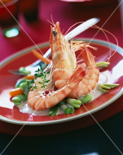 Gambas with broad beans