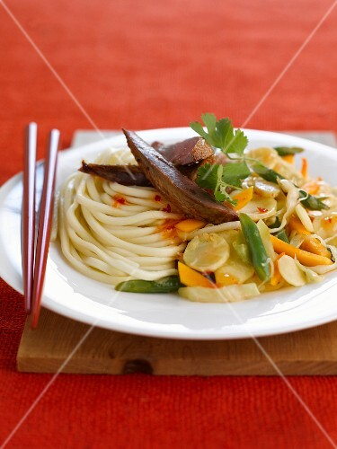Linguini with pigeon and salsifies