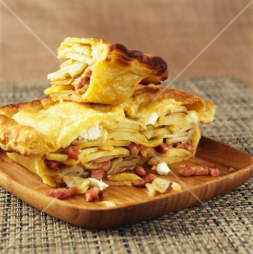 Potato and goat's cheese pie