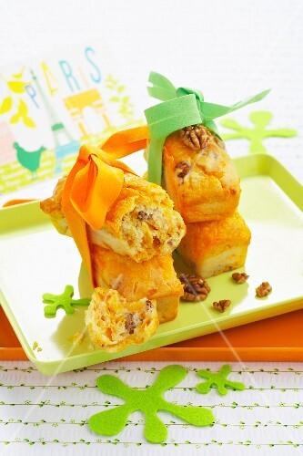 Boursin and walnut mini savoury cakes