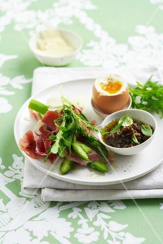 Raw ham Carpaccio with asparagus