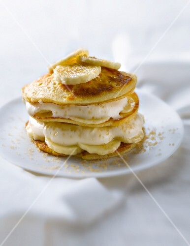 Scottish pancake and banana Mille-feuille