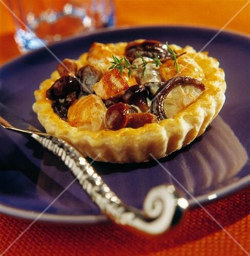 Chicken and mushroom tartlet