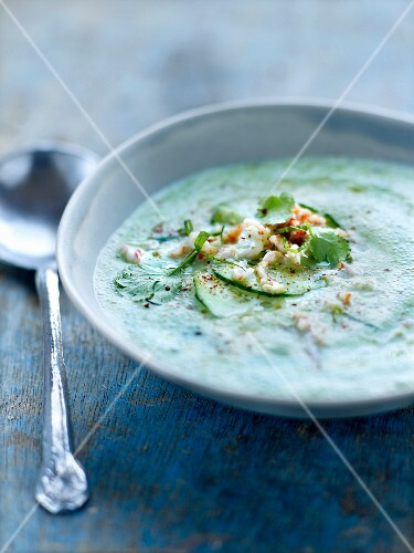 Cucumber and coriander soup with flaked crab meat