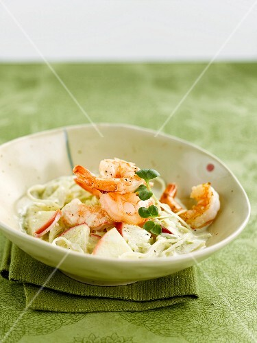 White cabbage, apple and shrimp salad