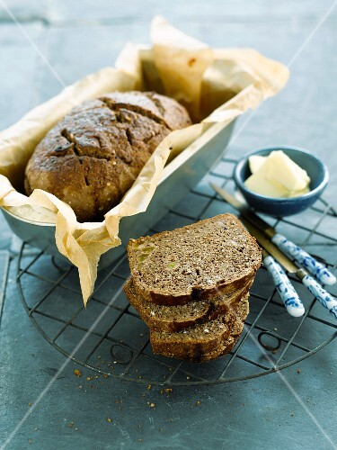 Wholemeal beer bread