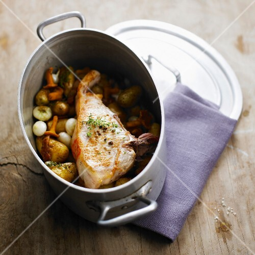 Veal and chanterelle casserole