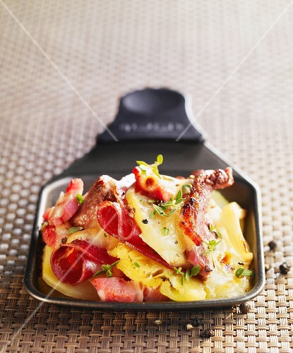 Exotic Raclette dish