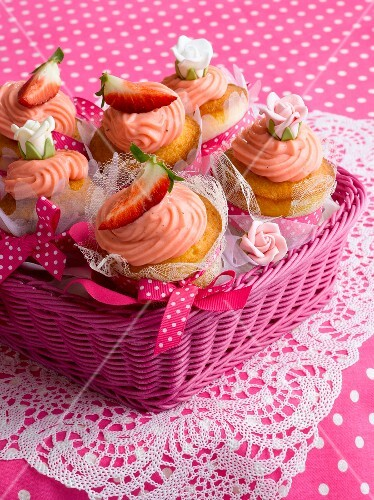Strawberry lover's cupcakes