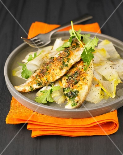 Sea bream fillets with orange zests and chicory