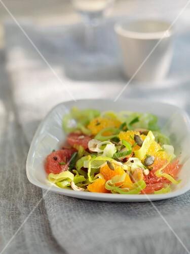 Leek and citrus fruit salad