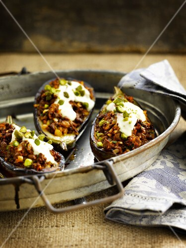 Vegetarian stuffed eggplants