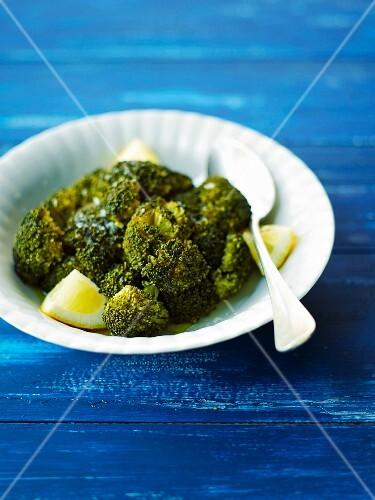 Broccolis with lemon