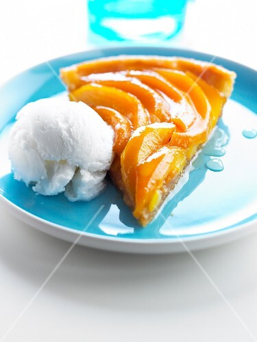 Mango tart with coconut ice cream