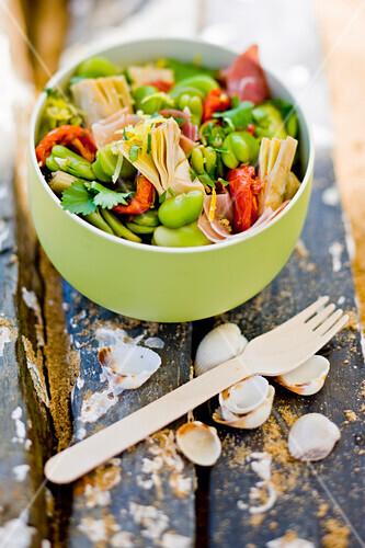 Broad bean,artichoke and sun-dried tomato salad