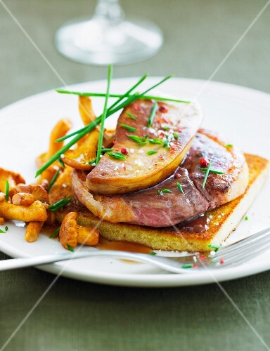 Tournedos Rossini with chanterelles