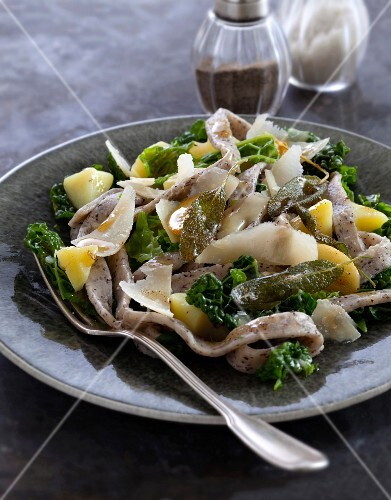 Pizzoccheri with curly cabbage, potatoes, parmesan and sage