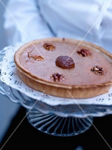 Shortcrust tart with chestnut cream and walnuts