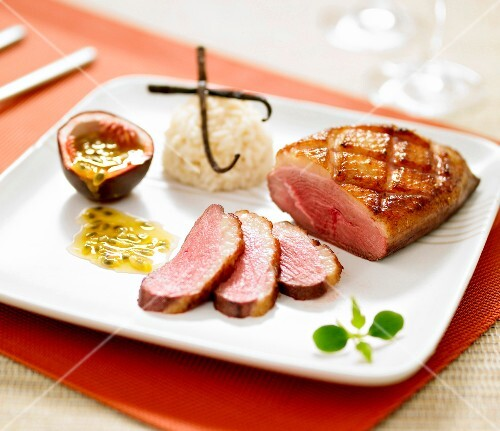 Roasted duck breast,passionfruit puree and vanilla-flavored white rice