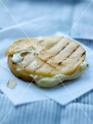 Grilled potato slices with mayonnaise