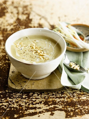Chicory and almond soup