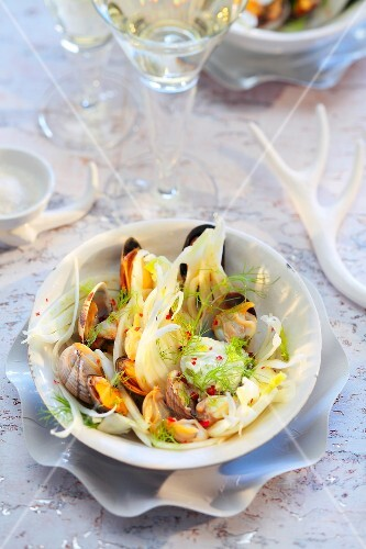 Cockle and fennel salad