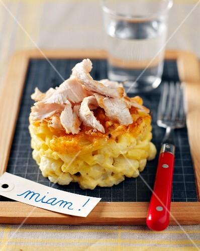 Macaronis ,cauliflower and turkey gratin