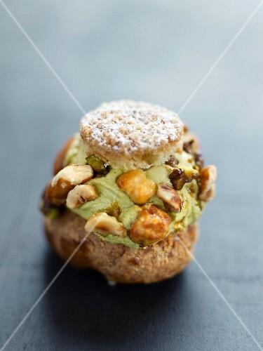 Pistachio and dried fruit cream puff