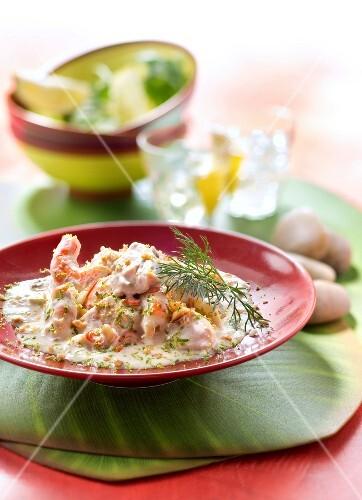Xinxim de galinha e camarão,shrimp,chicken,lime and pepper stew