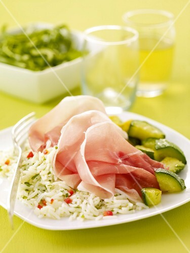 White rice with zucchinis and Savoie ham Chiffonnade