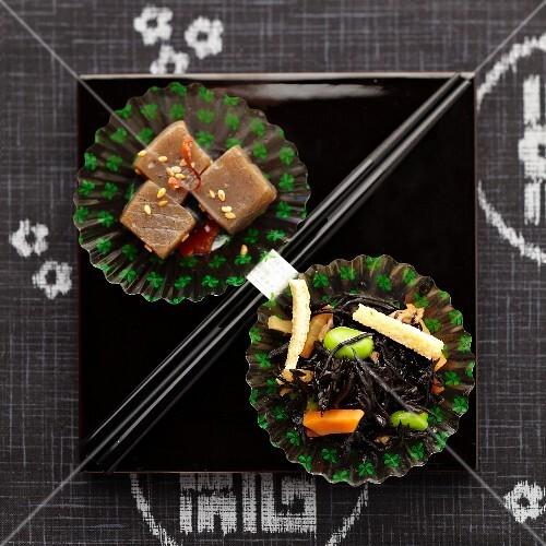 Hijiki seaweed, broad beans, carrots and squares of konnyaku paste