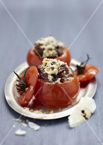 Tomatoes stuffed with confit lamb and Pecorino Romano