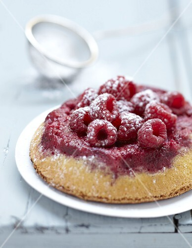 Raspberry upside-down cake